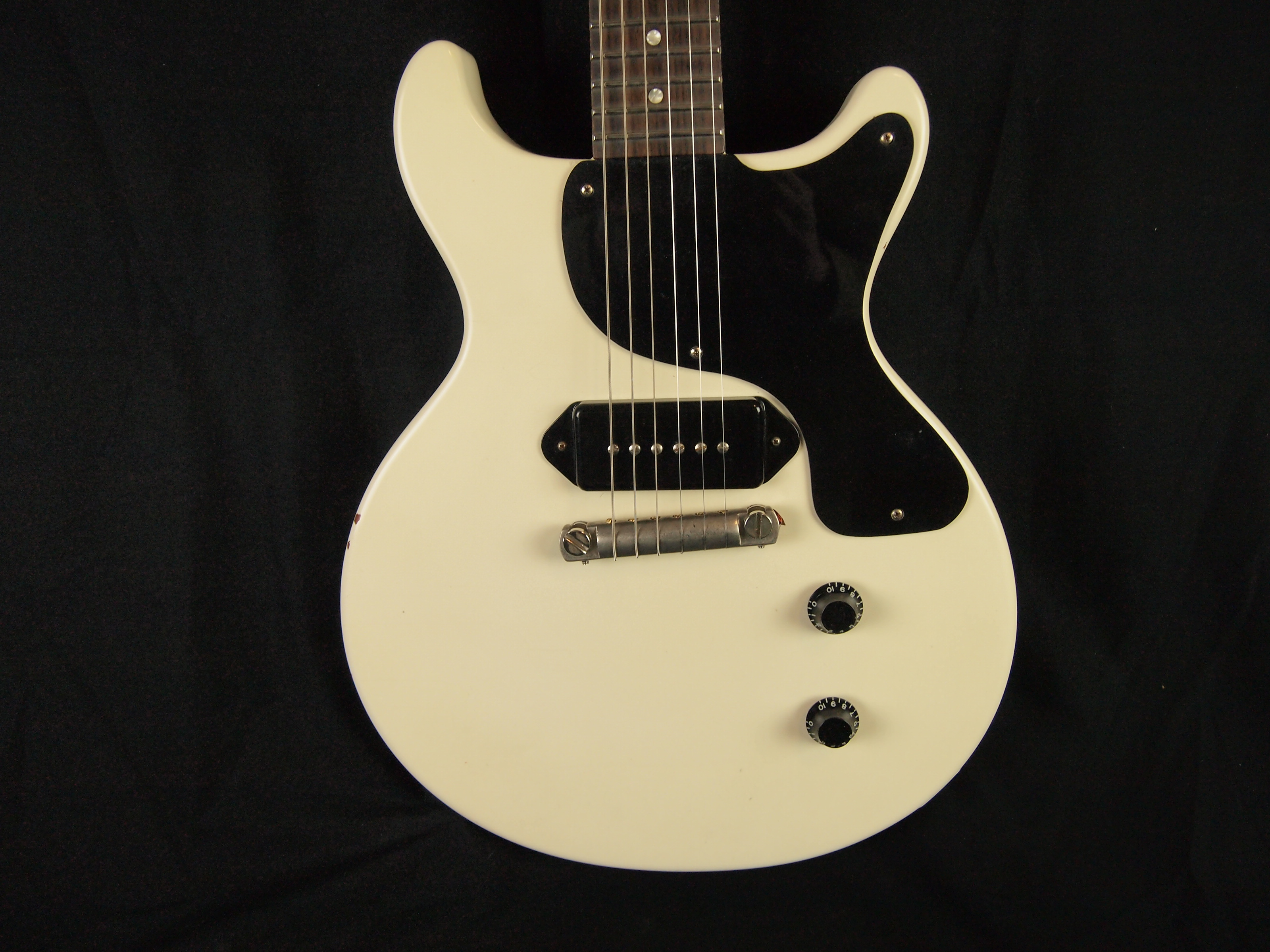 lay 39 s guitar shop white gibson les paul junior double cut refinish and relic akron ohio. Black Bedroom Furniture Sets. Home Design Ideas